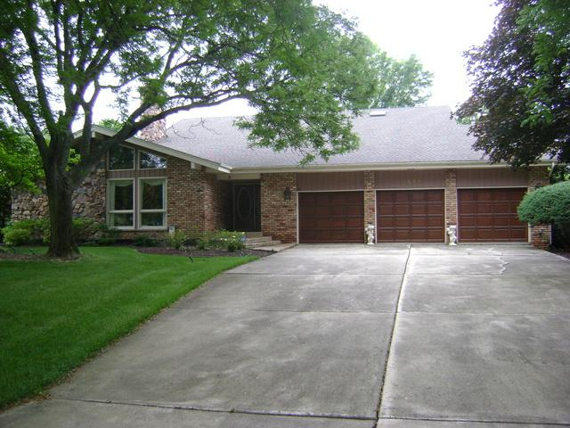 7827 Silver Court, Orland Park, IL 60462 (MLS #09991716) :: The Wexler Group at Keller Williams Preferred Realty