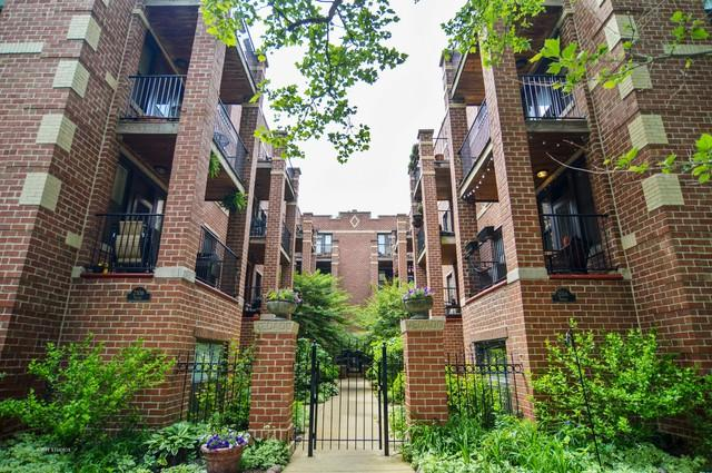 2108 N Seminary Avenue #6, Chicago, IL 60614 (MLS #09991740) :: Littlefield Group