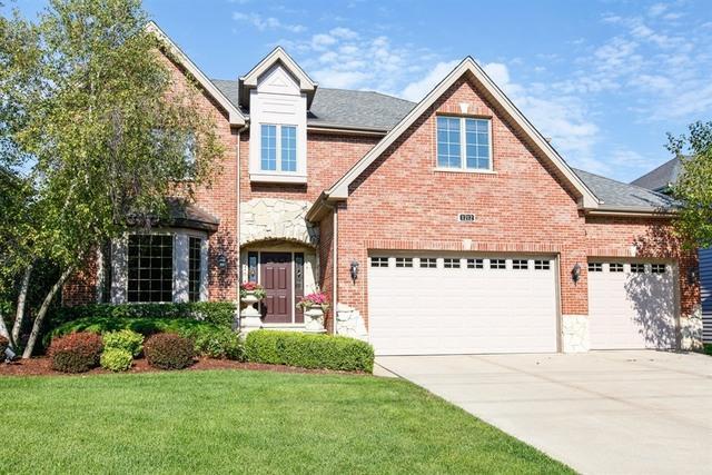 1212 Ridge Road, Westmont, IL 60559 (MLS #09991845) :: The Dena Furlow Team - Keller Williams Realty