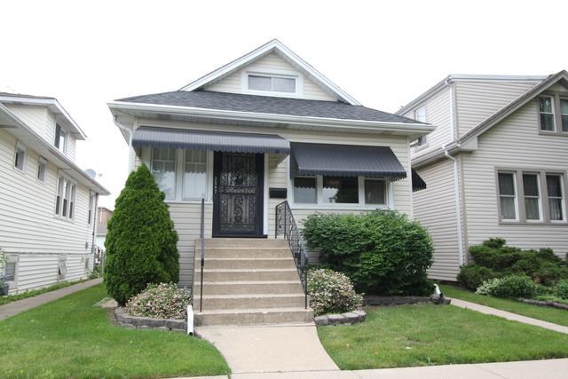 2547 N 73rd Avenue, Elmwood Park, IL 60707 (MLS #09991997) :: Ani Real Estate