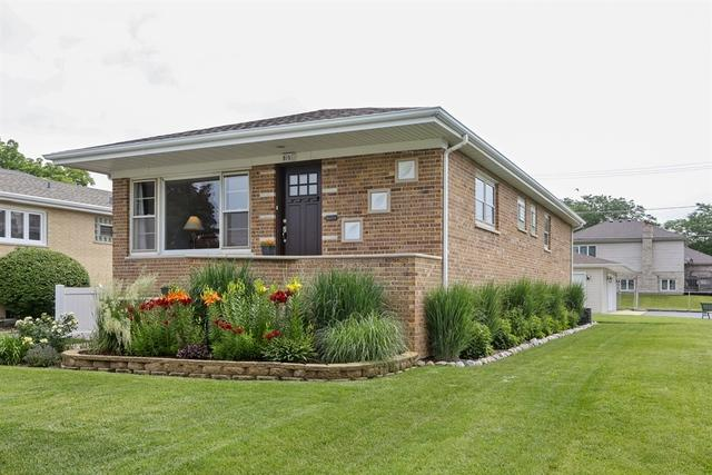615 Houston Street, Lemont, IL 60439 (MLS #09992017) :: Ani Real Estate