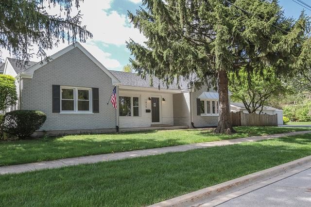 1825 Prairie Avenue, Downers Grove, IL 60515 (MLS #09992140) :: The Dena Furlow Team - Keller Williams Realty