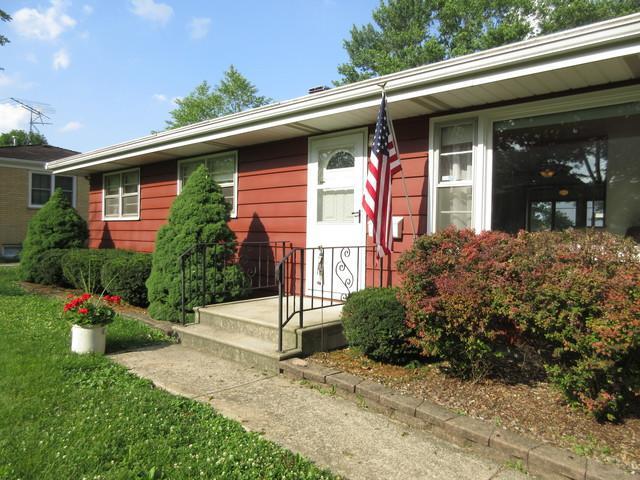 19745 Mokena Street, Mokena, IL 60448 (MLS #09992205) :: The Wexler Group at Keller Williams Preferred Realty