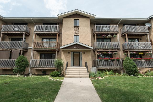 9654 Nottingham Avenue 1C, Chicago Ridge, IL 60415 (MLS #09992275) :: The Dena Furlow Team - Keller Williams Realty