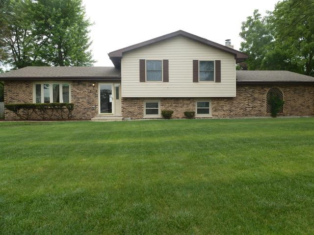 12013 Venetian Way, Orland Park, IL 60467 (MLS #09992364) :: The Wexler Group at Keller Williams Preferred Realty