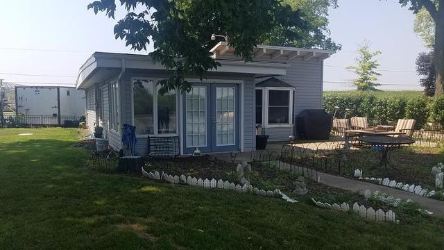 25764 Cottage Road, Wilmington, IL 60481 (MLS #09992366) :: The Dena Furlow Team - Keller Williams Realty