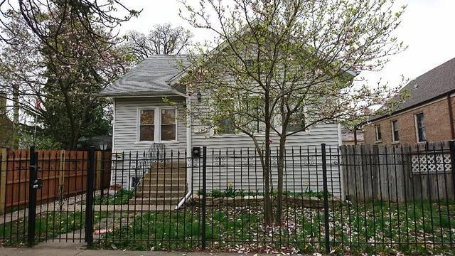2114 N Mobile Avenue, Chicago, IL 60639 (MLS #09992382) :: The Dena Furlow Team - Keller Williams Realty