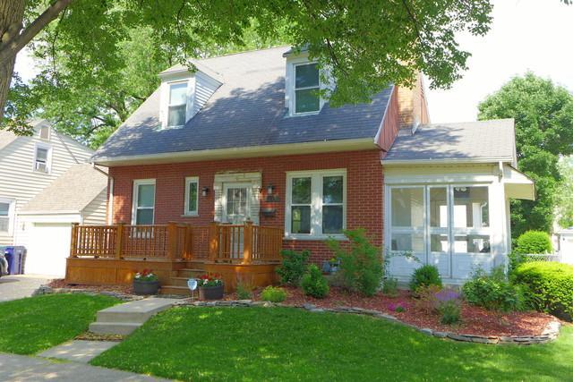 9225 S Clifton Park Avenue, Evergreen Park, IL 60805 (MLS #09992423) :: Ani Real Estate