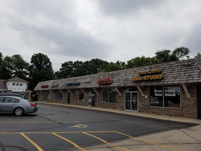 332 Main Street 332-350, Bartlett, IL 60103 (MLS #09992452) :: The Dena Furlow Team - Keller Williams Realty
