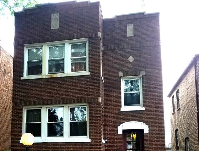 10238 S Eberhart Avenue, Chicago, IL 60628 (MLS #09992458) :: Ani Real Estate