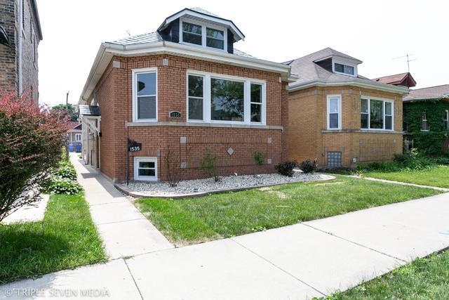 1535 E 86th Street, Chicago, IL 60619 (MLS #09992585) :: Ani Real Estate