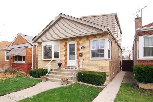 4911 S La Crosse Avenue, Chicago, IL 60638 (MLS #09992642) :: Ani Real Estate