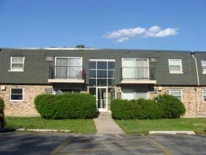 9982 S 84th Terrace 33-303, Palos Hills, IL 60465 (MLS #09992674) :: Ani Real Estate