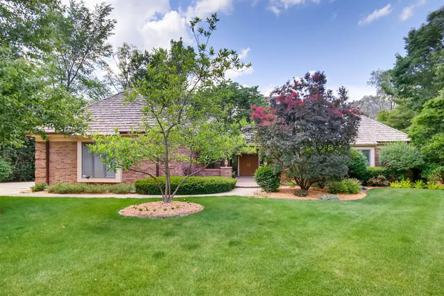 27W506 Wallace Road, Wheaton, IL 60189 (MLS #09992781) :: The Wexler Group at Keller Williams Preferred Realty