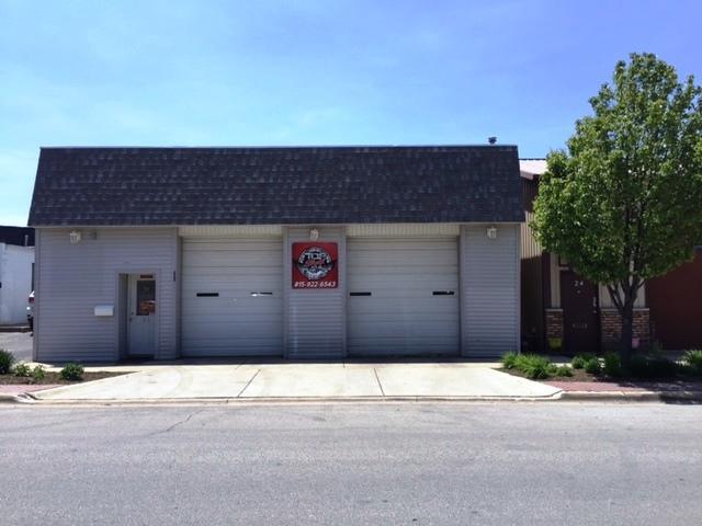 22 1ST Street, Manteno, IL 60950 (MLS #09993077) :: The Dena Furlow Team - Keller Williams Realty