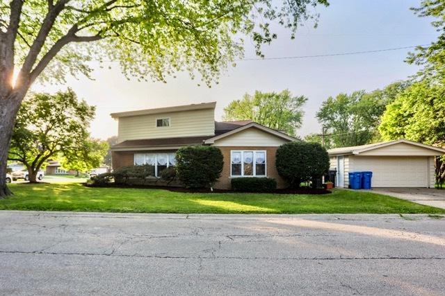 319 Vanna Court, Hillside, IL 60162 (MLS #09993095) :: Ani Real Estate