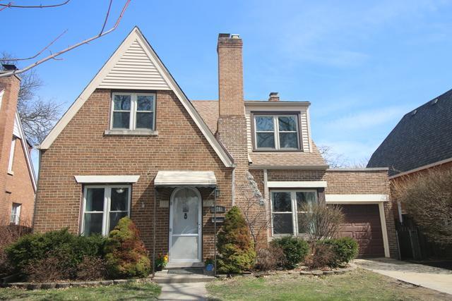 9751 S Lawndale Avenue, Evergreen Park, IL 60805 (MLS #09993266) :: Ani Real Estate