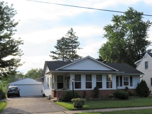1008 N 14th Street, Dekalb, IL 60115 (MLS #09993462) :: Ani Real Estate