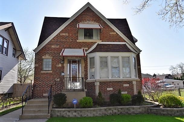 3049 N Oak Park Avenue, Chicago, IL 60634 (MLS #09993664) :: Ani Real Estate
