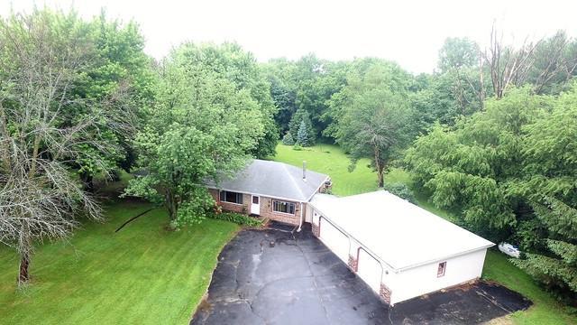 3621 Roscoe Road, Rockton, IL 61072 (MLS #09993816) :: Ani Real Estate