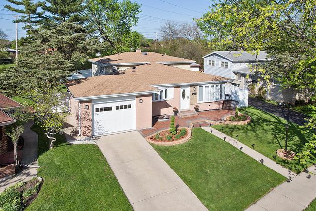 7628 Maple Street, Morton Grove, IL 60053 (MLS #09994055) :: Ani Real Estate