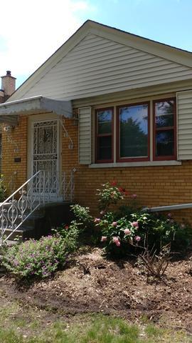 8438 S Ingleside Avenue, Chicago, IL 60619 (MLS #09994134) :: The Dena Furlow Team - Keller Williams Realty