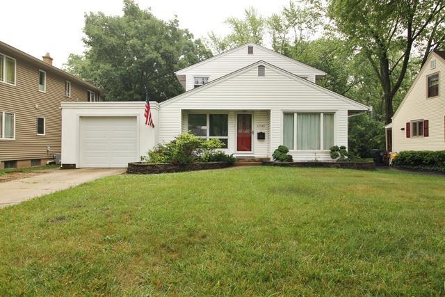 17947 Loomis Avenue, Homewood, IL 60430 (MLS #09994303) :: Ani Real Estate