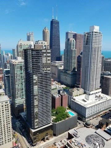 10 E Ontario Street #4002, Chicago, IL 60611 (MLS #09994422) :: The Perotti Group