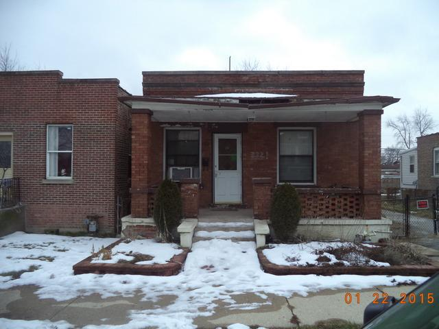 332 E 22nd Street, Chicago Heights, IL 60411 (MLS #09994764) :: Ani Real Estate