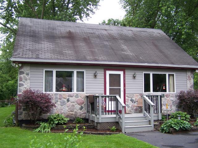 26517 W Edward Avenue, Ingleside, IL 60041 (MLS #09994863) :: Ani Real Estate