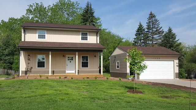 15208 Lacrosse Avenue, Oak Forest, IL 60452 (MLS #09994937) :: The Dena Furlow Team - Keller Williams Realty