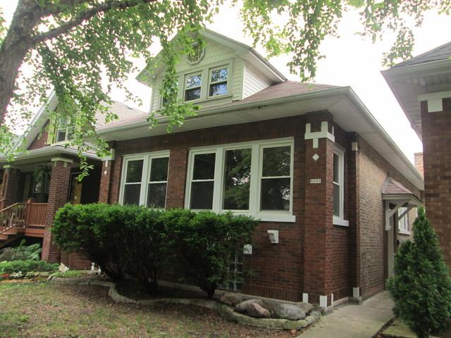 5025 W Oakdale Avenue, Chicago, IL 60641 (MLS #09995039) :: Ani Real Estate