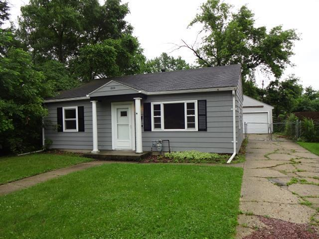 1810 Sauber Avenue, Rockford, IL 61103 (MLS #09995099) :: Ani Real Estate
