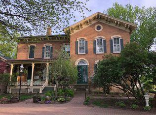 1542 Plainfield Road, Oswego, IL 60543 (MLS #09995361) :: Ani Real Estate