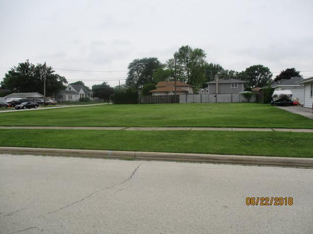 8554 S 77th Court, Bridgeview, IL 60455 (MLS #09995373) :: The Dena Furlow Team - Keller Williams Realty