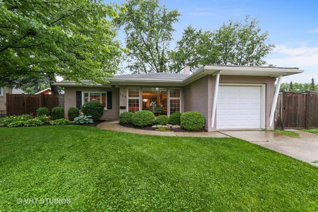 104 S Poplar Avenue, Elmhurst, IL 60126 (MLS #09995434) :: Ani Real Estate