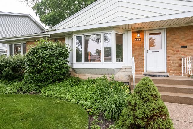 6806 W Keeney Street, Niles, IL 60714 (MLS #09995477) :: Ani Real Estate