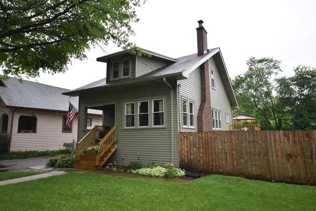 190 E Crescent Avenue, Elmhurst, IL 60126 (MLS #09995479) :: Ani Real Estate
