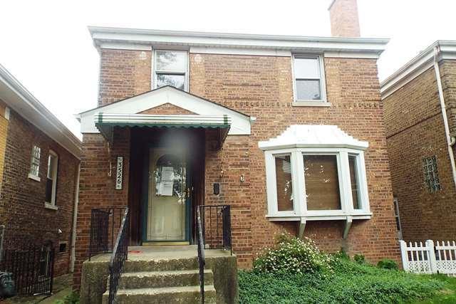 3526 Ridgeland Avenue, Berwyn, IL 60402 (MLS #09995562) :: Ani Real Estate