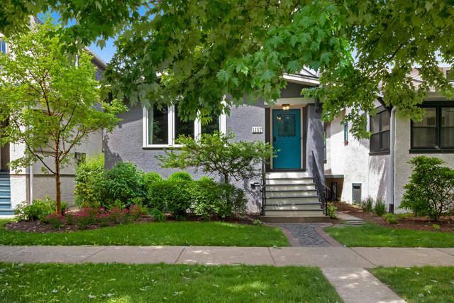 1157 S Grove Avenue, Oak Park, IL 60304 (MLS #09995581) :: The Dena Furlow Team - Keller Williams Realty