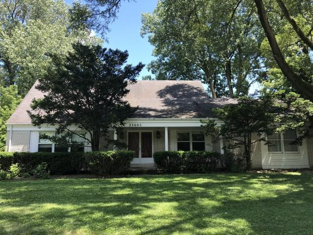 23605 N Meadow Lane, Barrington, IL 60010 (MLS #09995665) :: Ani Real Estate