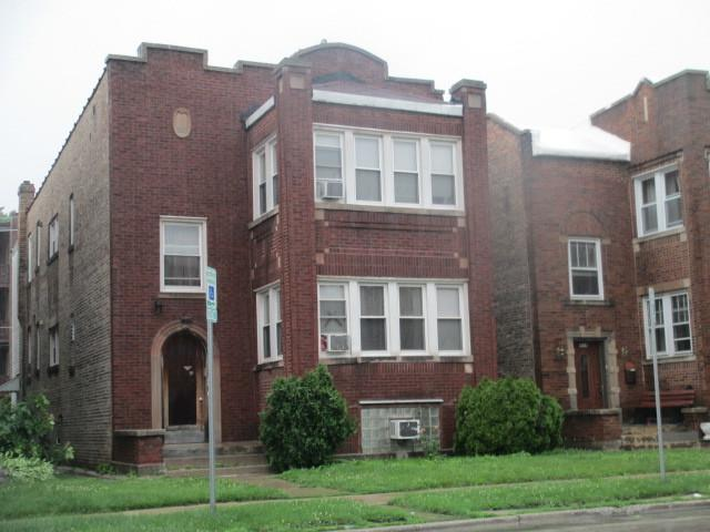 1926 Oak Park Avenue, Berwyn, IL 60402 (MLS #09995697) :: Ani Real Estate