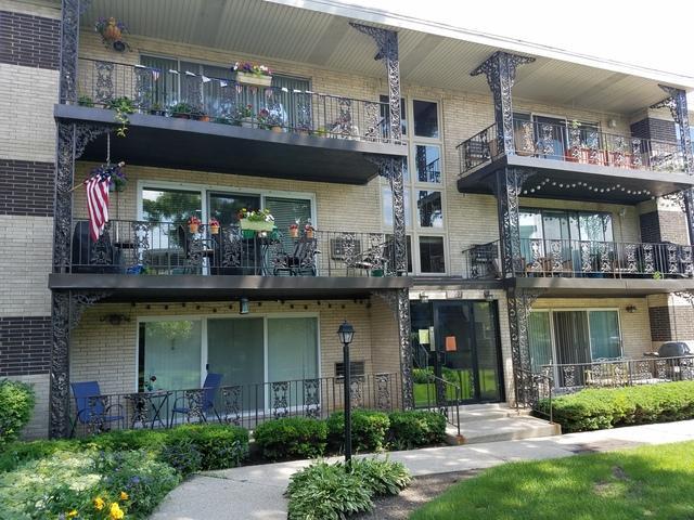 1007 8th Avenue #3, La Grange, IL 60525 (MLS #09995760) :: The Dena Furlow Team - Keller Williams Realty