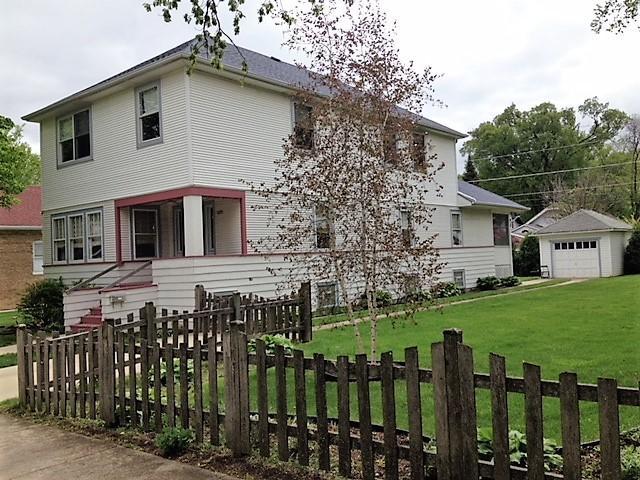 1455 Campbell Avenue, Des Plaines, IL 60016 (MLS #09995818) :: The Dena Furlow Team - Keller Williams Realty