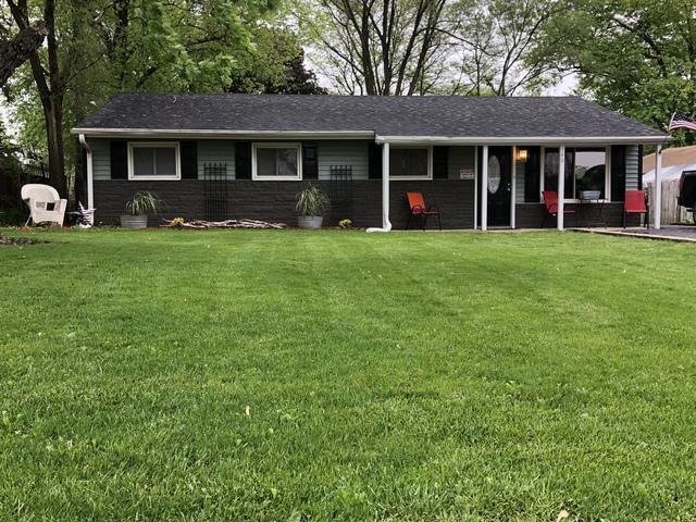 140 Queenswood Road, Bolingbrook, IL 60440 (MLS #09995861) :: Ani Real Estate