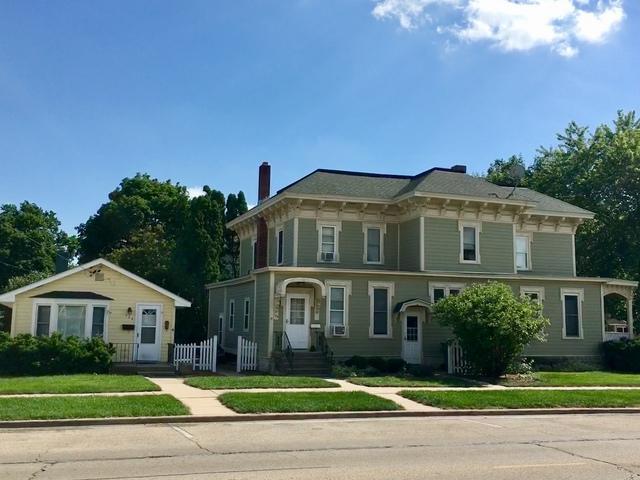 204 S Maple Street, Sycamore, IL 60178 (MLS #09995862) :: Ani Real Estate