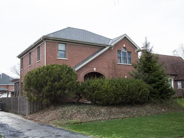 1900 S Fairview Avenue, Park Ridge, IL 60068 (MLS #09996106) :: The Dena Furlow Team - Keller Williams Realty