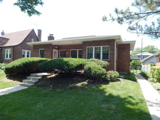 1824 S Fairview Avenue, Park Ridge, IL 60068 (MLS #09996196) :: The Dena Furlow Team - Keller Williams Realty