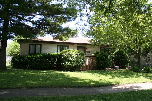 625 N Westmore Avenue, Villa Park, IL 60181 (MLS #09996376) :: Ani Real Estate