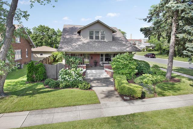 322 E 14th Street, Lockport, IL 60441 (MLS #09996377) :: Ani Real Estate